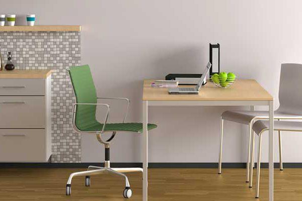 Keine Berücksichtigung eines mit Büromöbeln und einer Küchenzeile ausgestatteten Raums als häusliches Arbeitszimmer